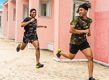 T-shirts course à pied asics