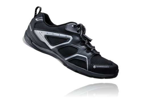 chaussures de ville trekking